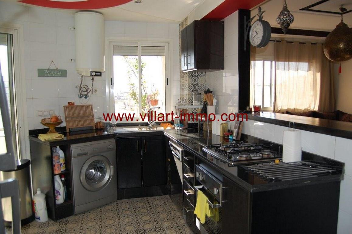 9-Location-appartement-meublé-F4-cuisine-centre ville-agence immoniliere-Villart immo-L1079 (Copier)
