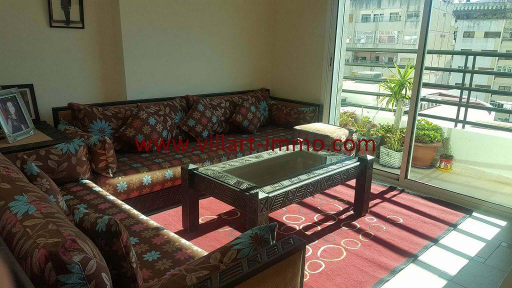 A vendre appartement f4 situ en plein centre ville de for Appartement de ville