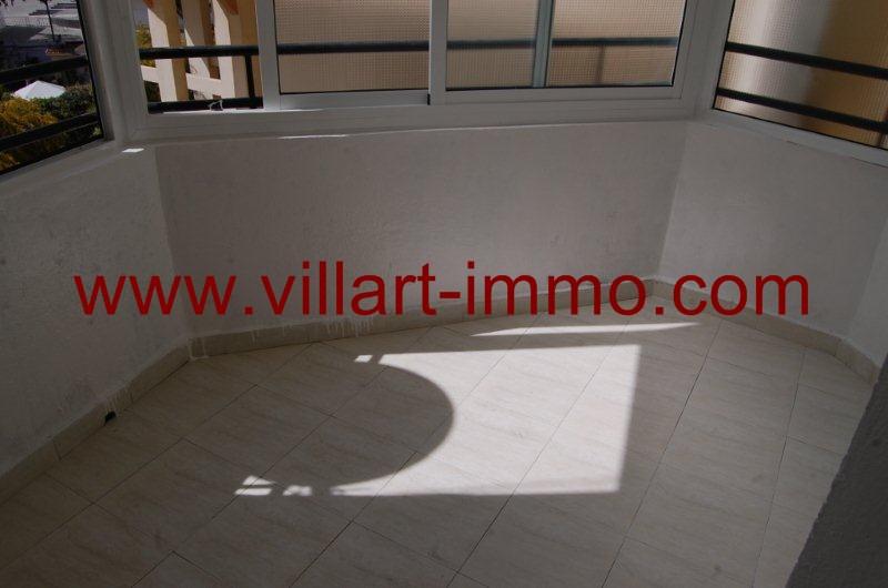 4- A louer-Appartement-Meublé-Tanger-Balcon-L1080-Villart immo
