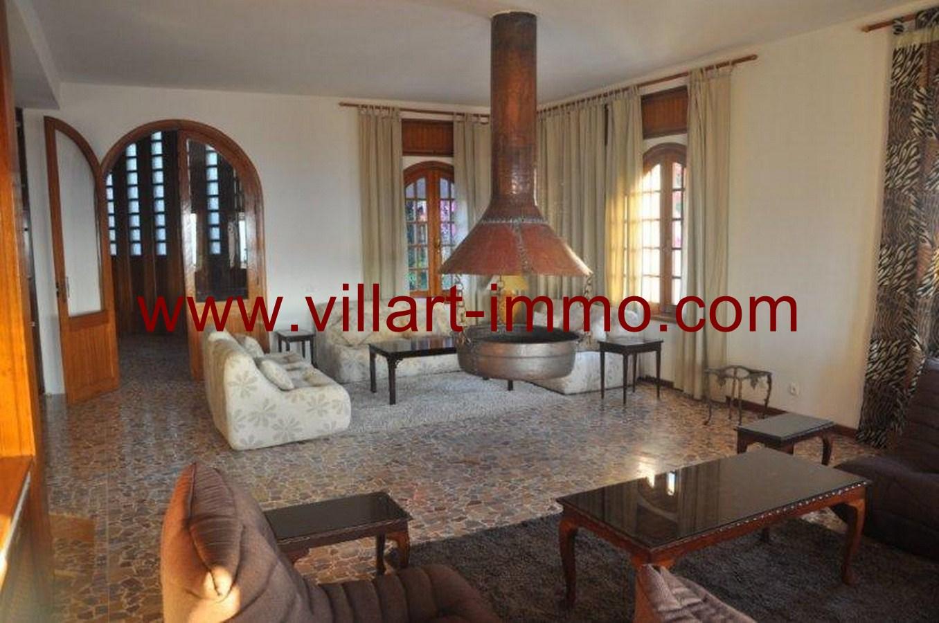 4-Location-Villa-Meublé-Malabata-Salon-Villart immo-Tanger-LV126