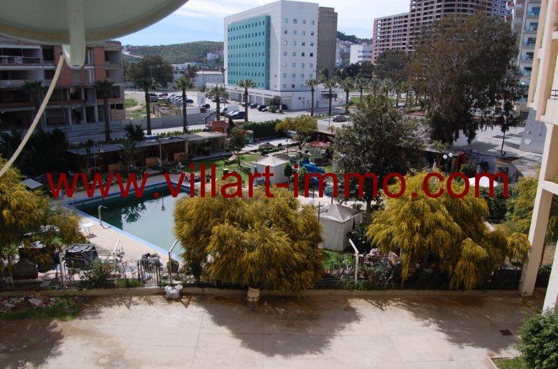 5-A louer-Appartement-Meublé-Tanger-Vue- piscine-L1080-Villart immo