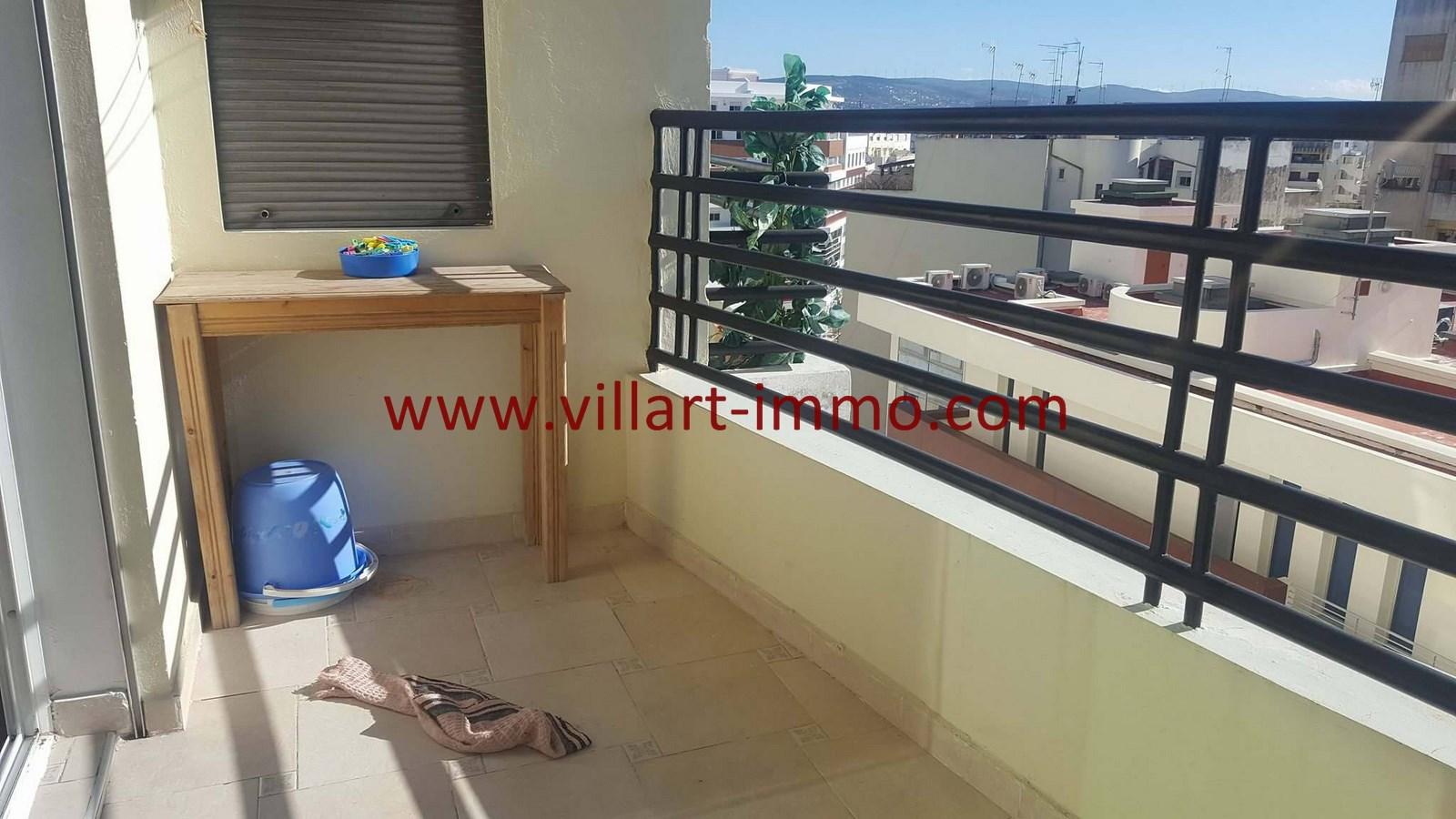 6-Vente-Appartement-Centre-ville-Tanger-Balcon 1-VA531-Villart Immo