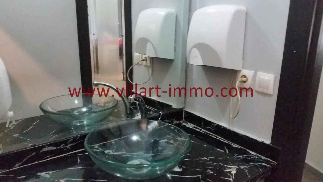 9-Vente-Café-Tanger-Playa-Toilette de Service -Vue-VLC533-Villart Immo
