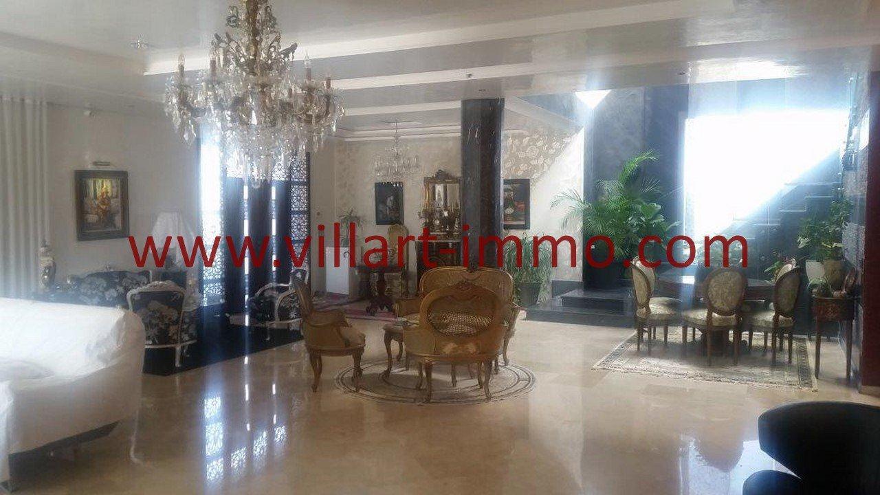 7-A vendre-Villa-Tanger-Tanja Balia-Salon-VV543