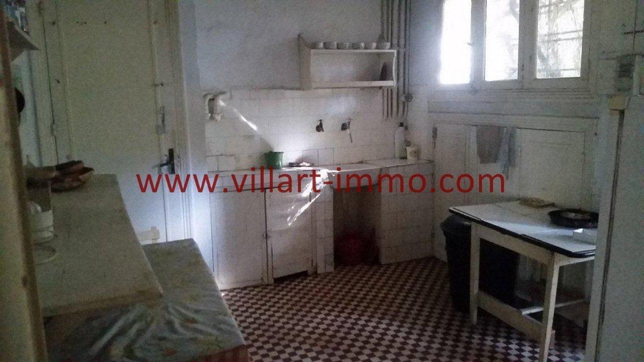 13-Vente-Villa-Tanger-Charf-Cuisine -VV549-Villart Immo