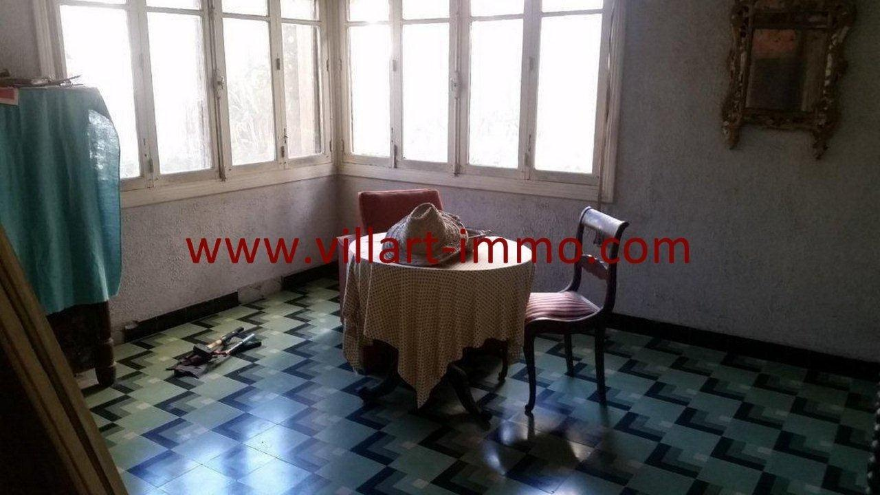 7-Vente-Villa-Tanger-Charf-Salon 2-VV549-Villart Immo