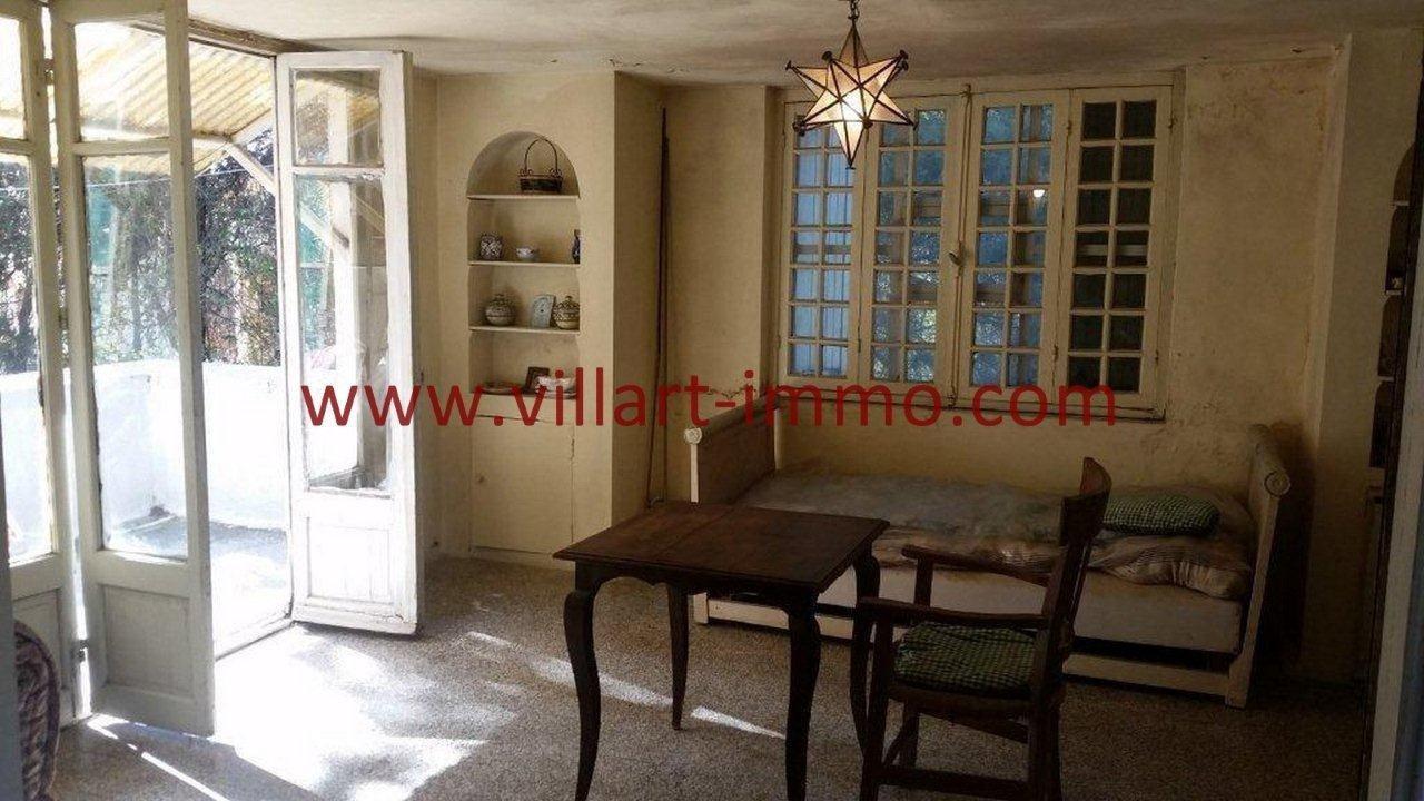9-Vente-Villa-Tanger-Charf-Salon -VV549-Villart Immo