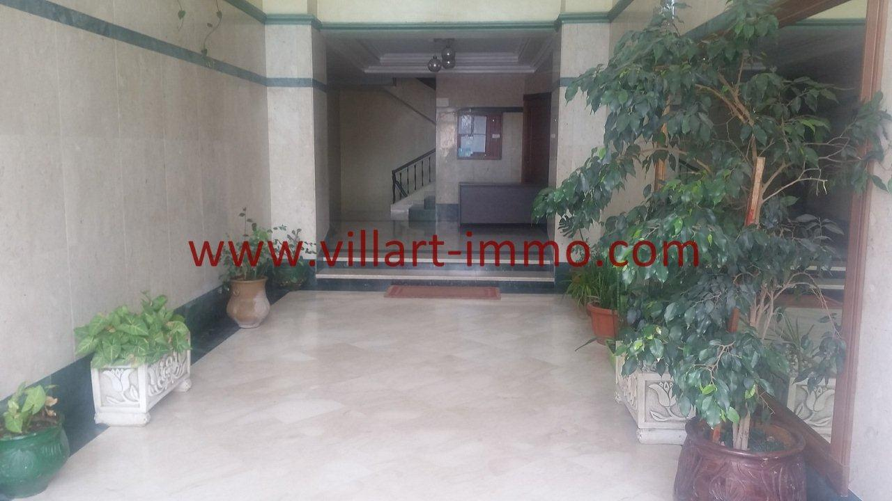 11-Vente -Appartement-Tanger-Castilla-Entrée-VA547