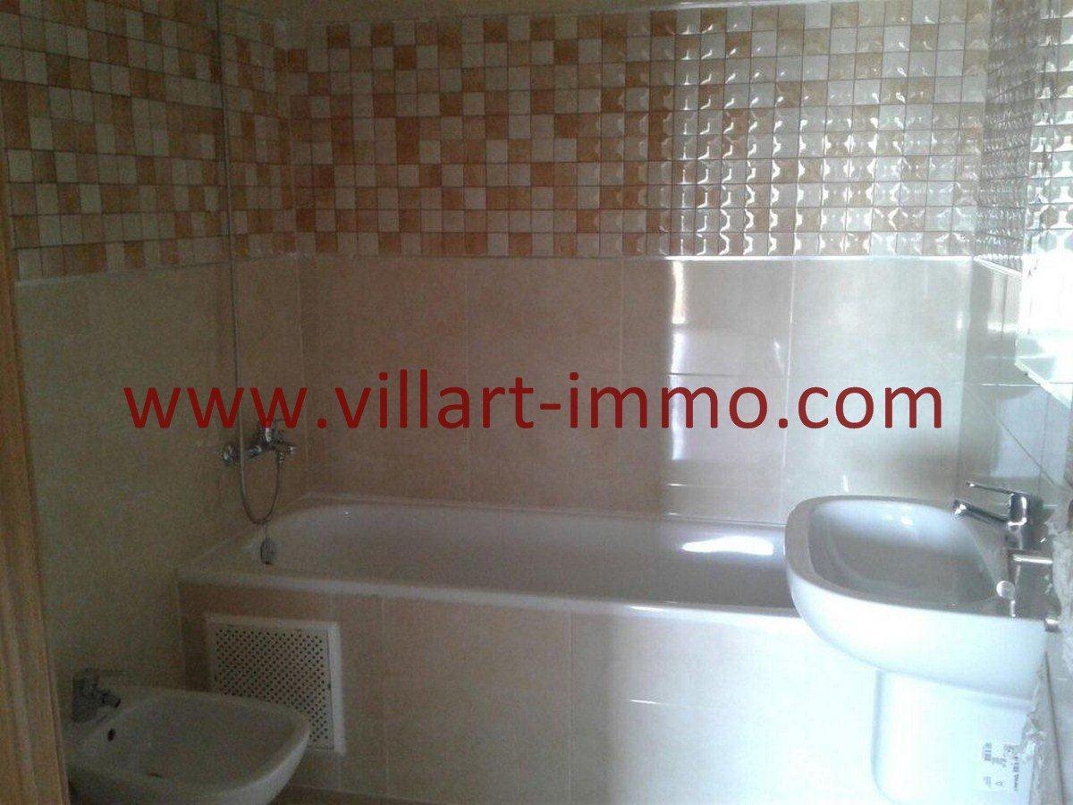 7-Vente-Appartement-Tanger-Malabata-Salle de bain 1 -VA553-Villart Immo