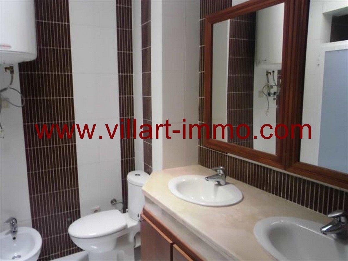 8-Vente -Appartement-Tanger-Boubana-Salle de bain 1-VA124