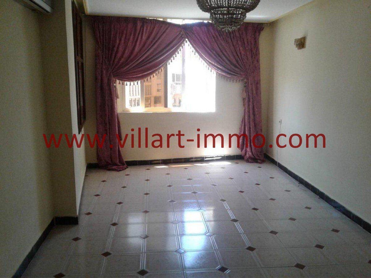 2-Vente-Appartement-Tanger-Centre-Salon-VA558-Villart Immo