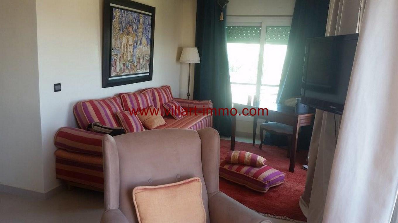 4-Location-Appartement-Meublé-Centre ville-Salon-L1100-Agence immobiliere