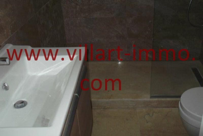 10-A louer-Appart-non meublé-Tanger-SDB douche2-L1103-Villart immo