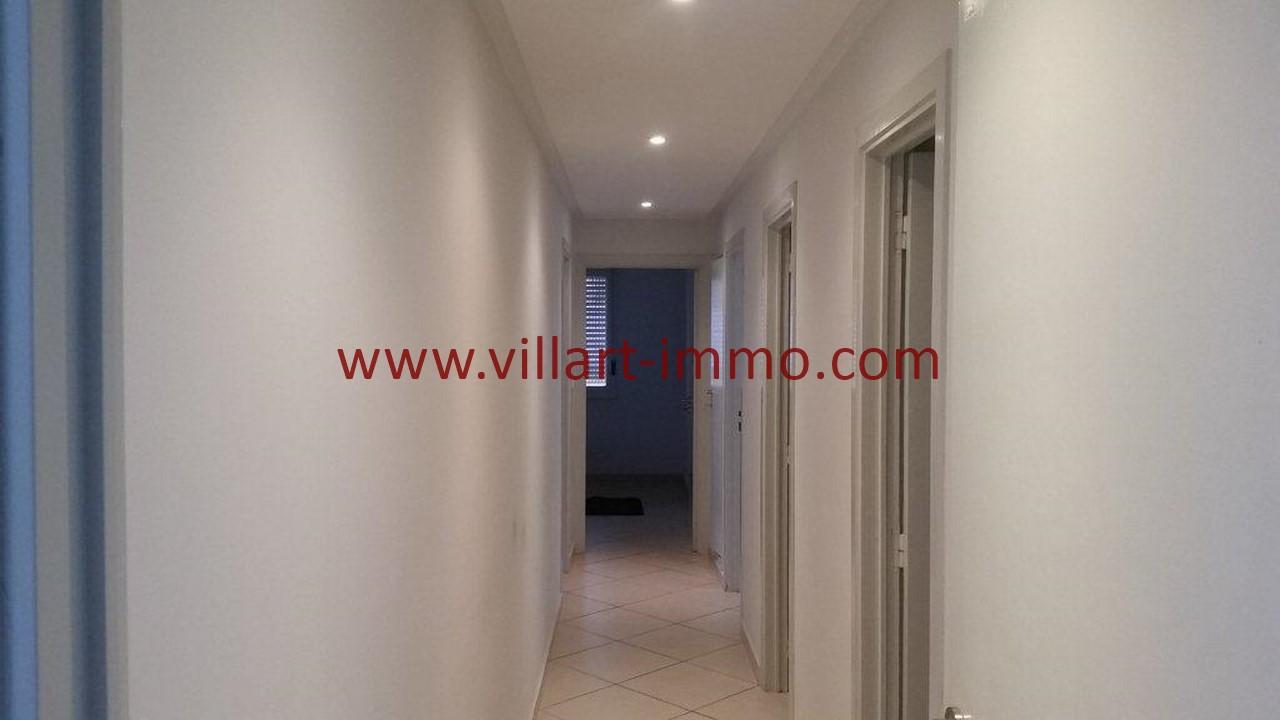 9-Location meublée-Appartement moderne-Tanger- Ibéria-Couloir-L1106