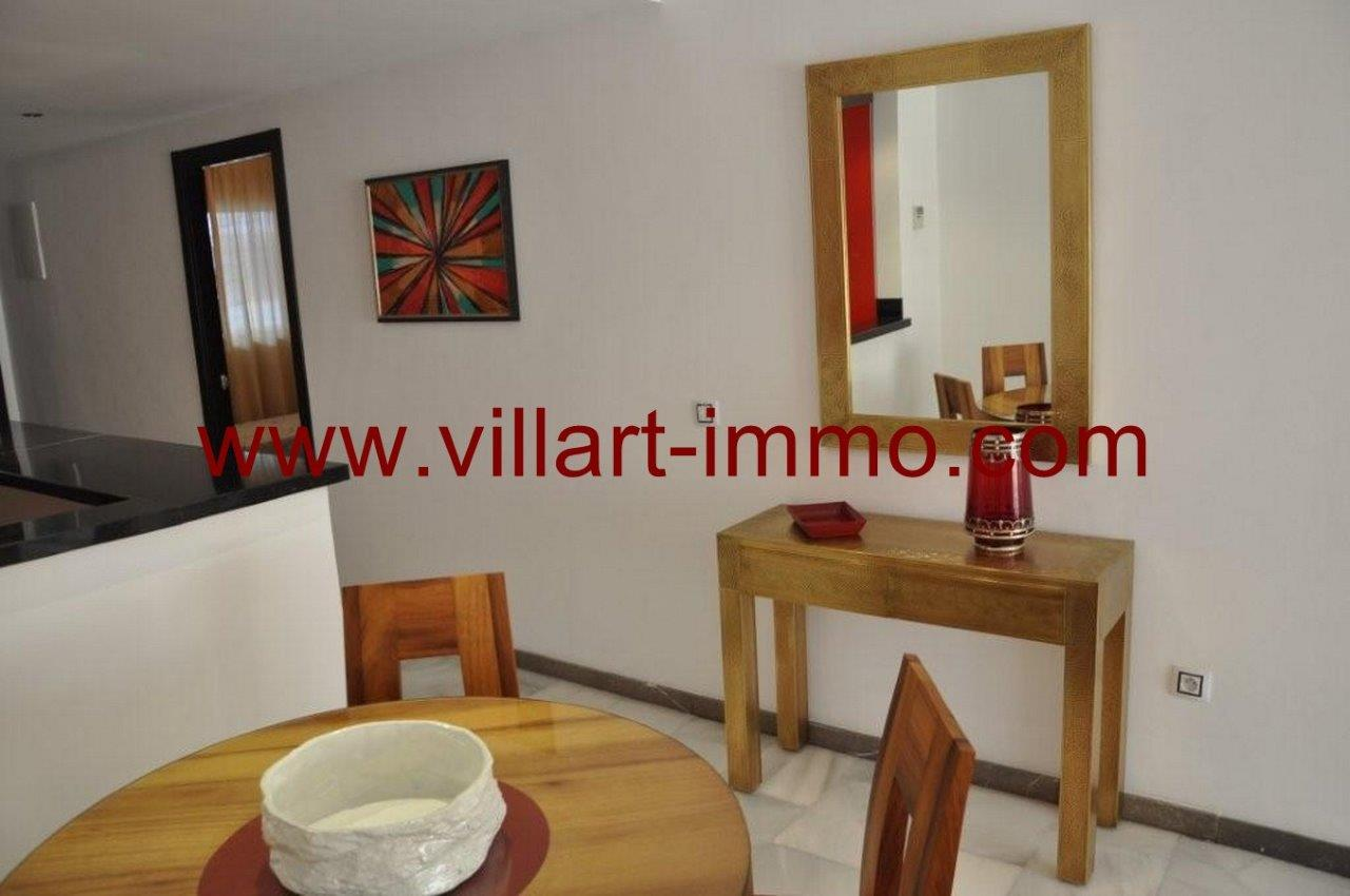 2-Vente-Appartement-Tanger-Salon 1-VA572-Villart Immo