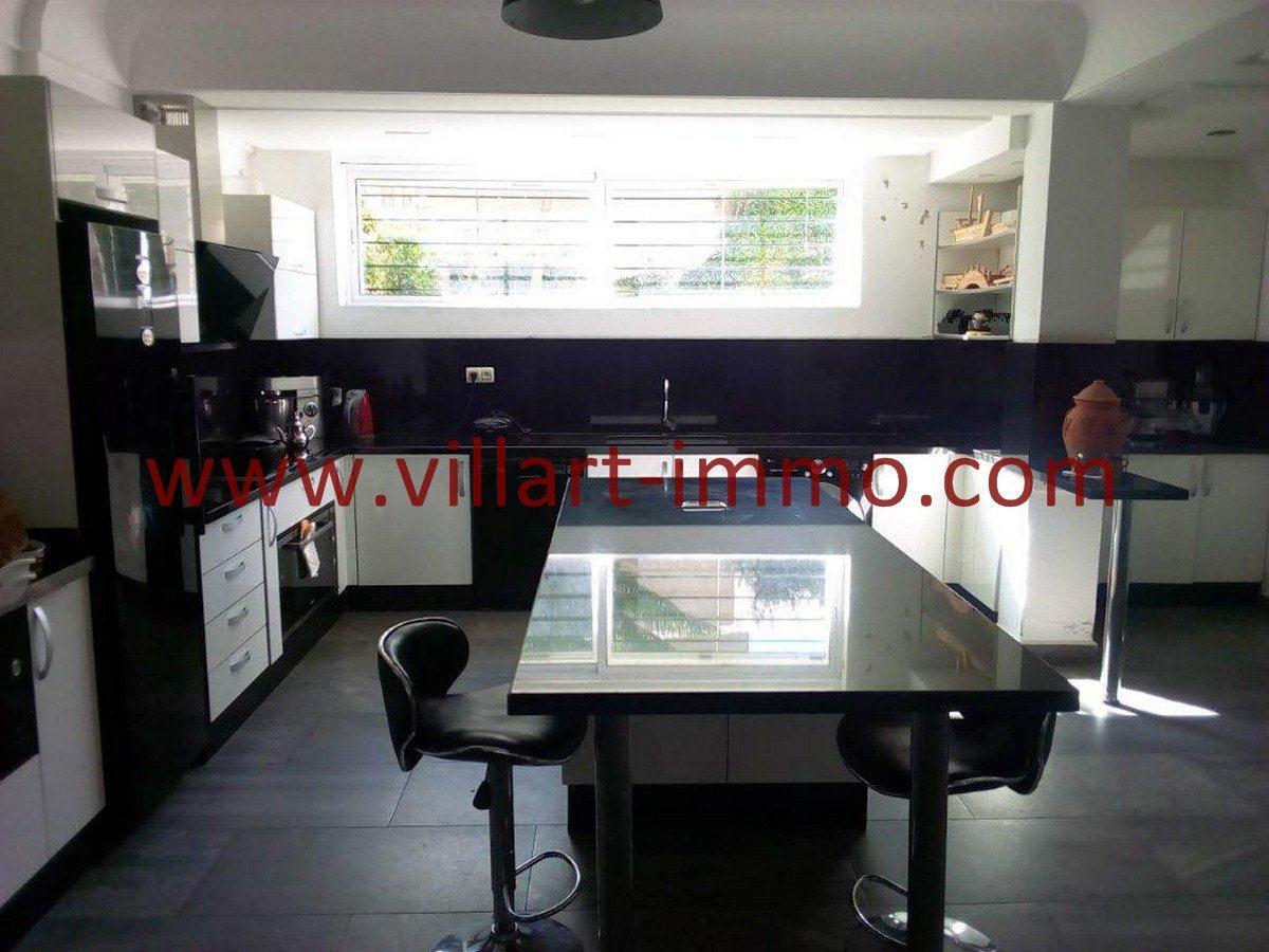 6-Vente-Villa-Tanger-Cuisine-VV571-Villart Immo