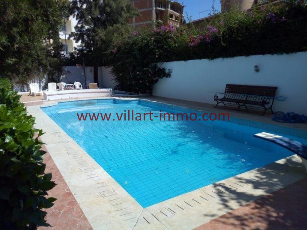 10-A louer Villa meublée-Tanger-Piscine'LV1105