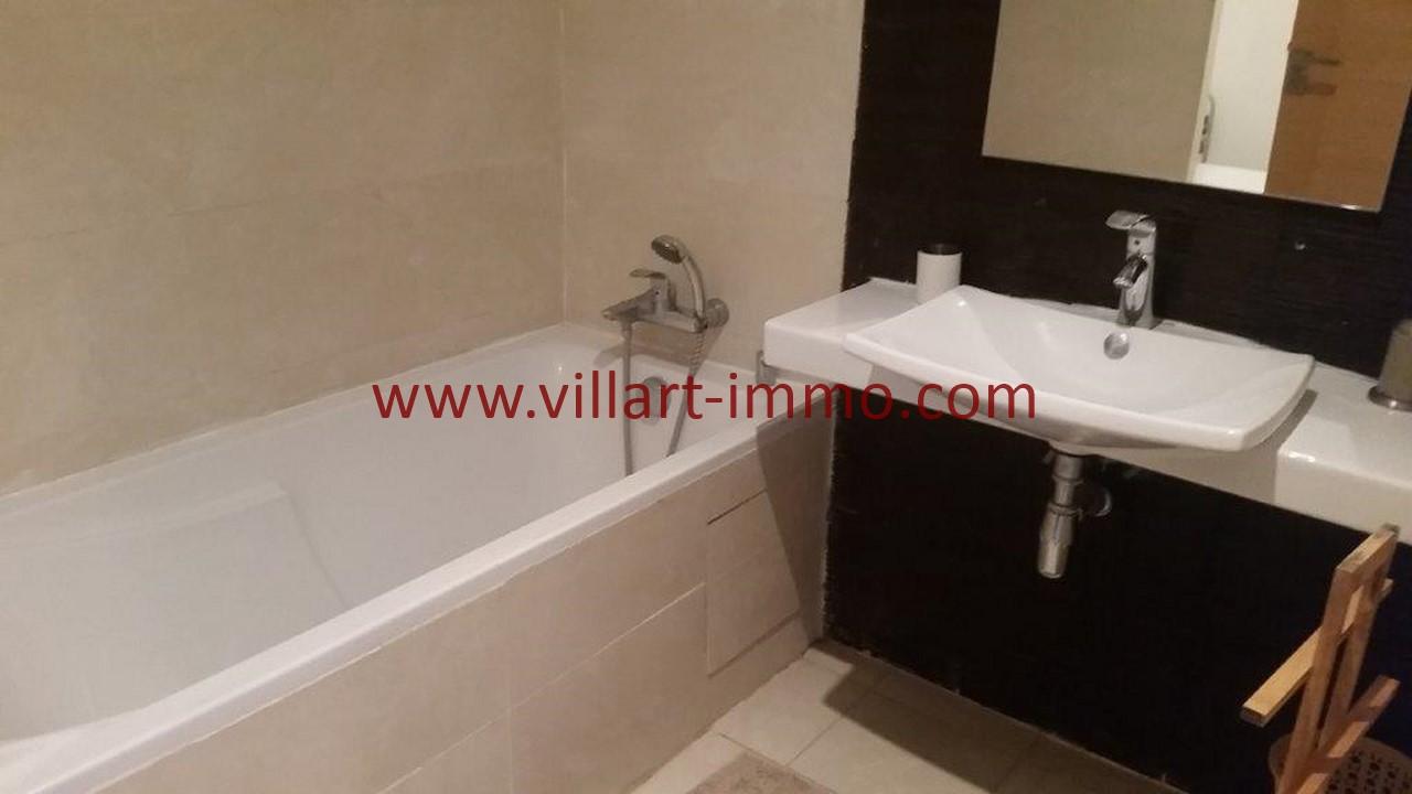 12-Location-appartement-meublé-Tanger-Salle de bain-L1107