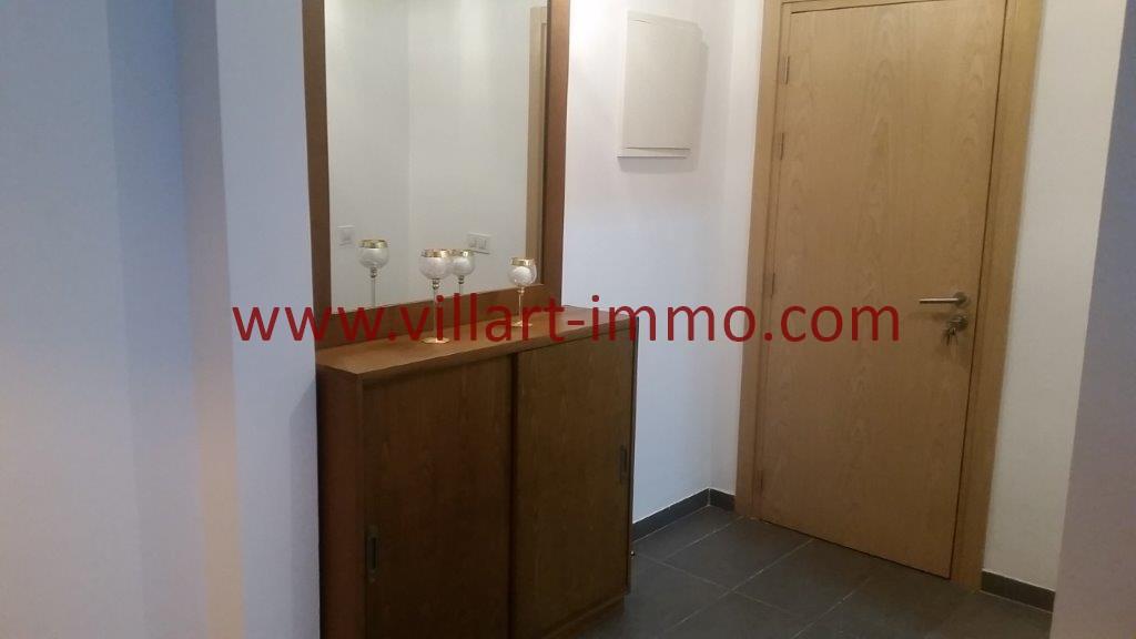 6-Location-Tanger-Appartement-Centre ville-Meublé-Entrée-L1113