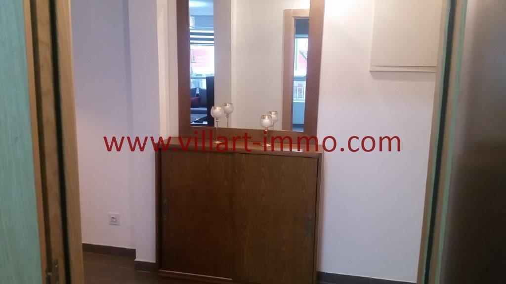 7-Location-Tanger-Appartement-Centre ville-Meublé-Entrée-L1113