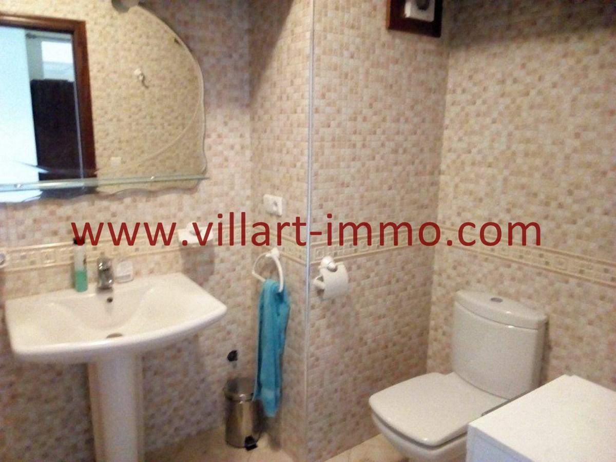 8-Vente-Appartement-Tanger-Centre-Toilette de service 2-VA578-Villart Immo