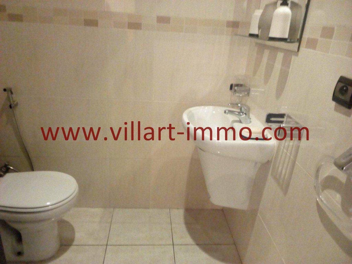 8-Vente-Appartement-Tanger-Val fleuri-Toilette de service-VA577-Villart Immo