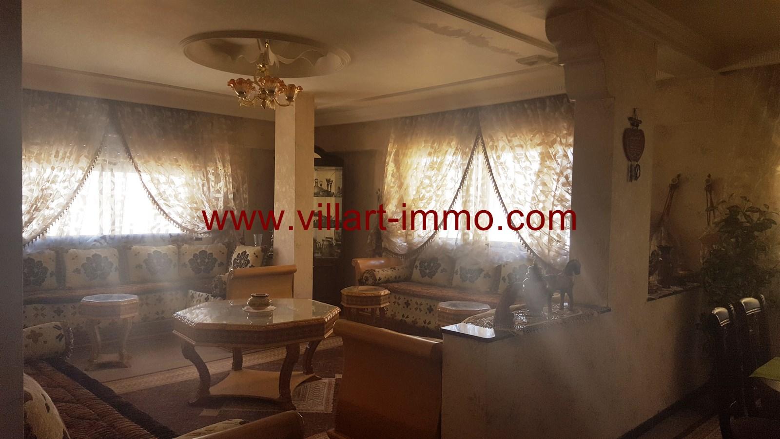 1-a-vendre-appartement-tanger-centre-ville-salon-va429-villart-immo