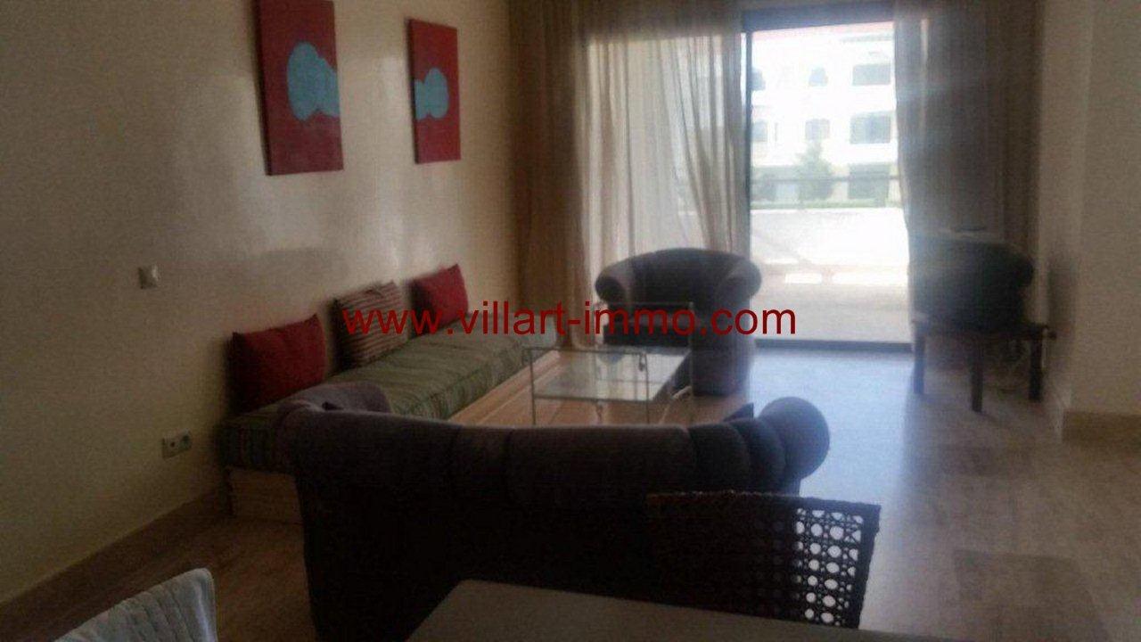 1-a-vendre-tanger-appartement-achakar-residence-avec-piscine-salon-1-va415-villart-immo-agence-immobiliere