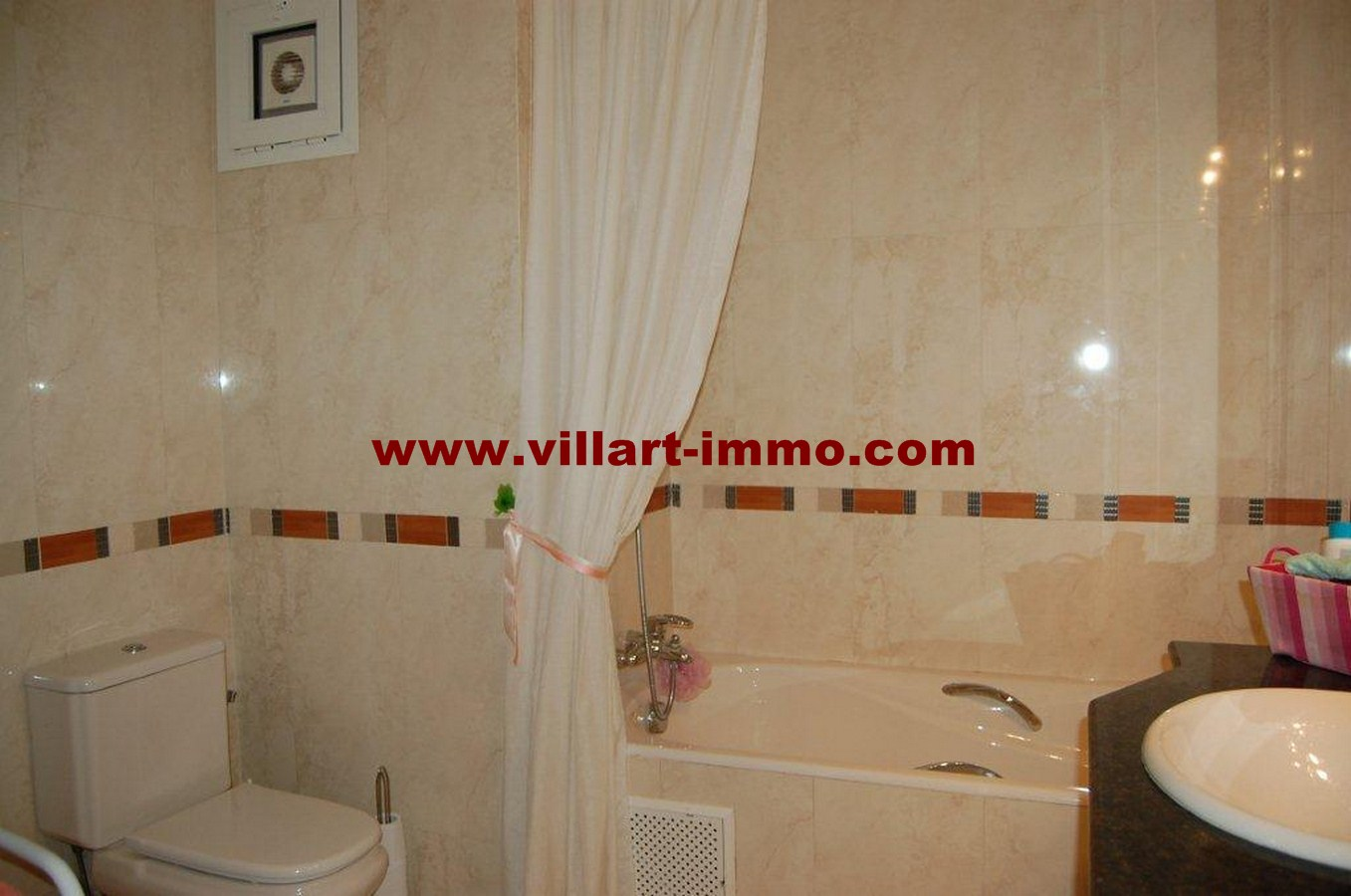 12-vente-appartement-tanger-la-montagne-salle-de-bain-2-va452-villart-immo