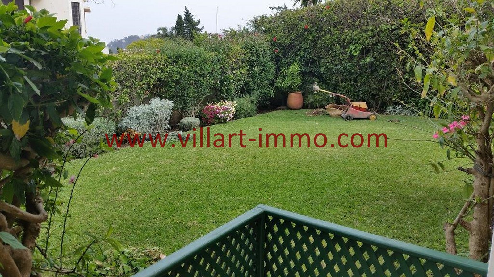 15-a-vendre-tanger-villa-californie-jardin-4-vv459-villart-immo-agence-immobiliere