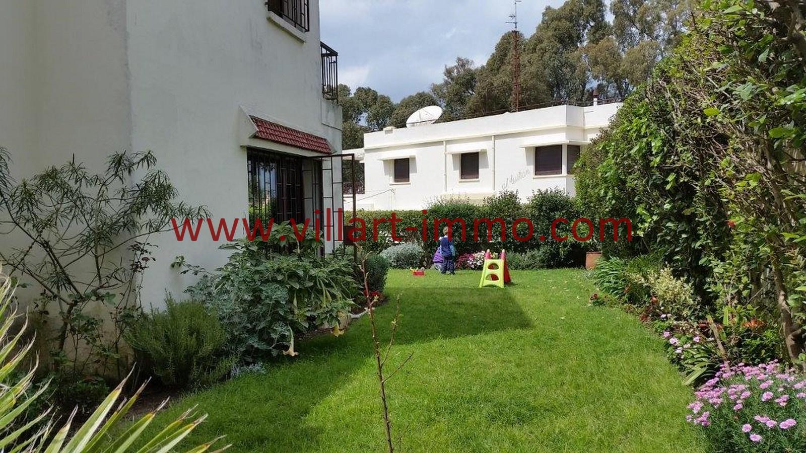 2-a-vendre-tanger-villa-californie-jardin-2-vv459-villart-immo-agence-immobiliere