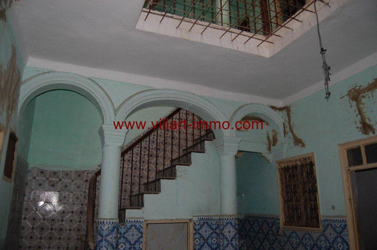 2-vente-maison-tanger-escaliers-2-vm376-villart-immo