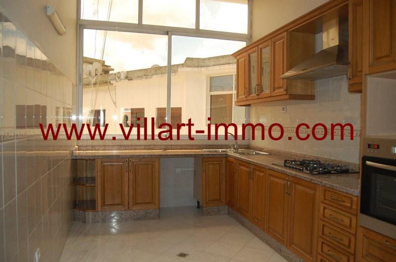 3-location-appartement-meuble-centre-ville-tanger-cuisine-l962-villart-immo