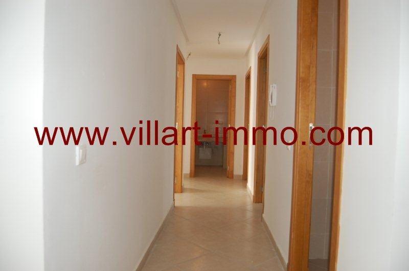 3-location-appartement-non-meuble-tanger-couloir-l981-villart-immo