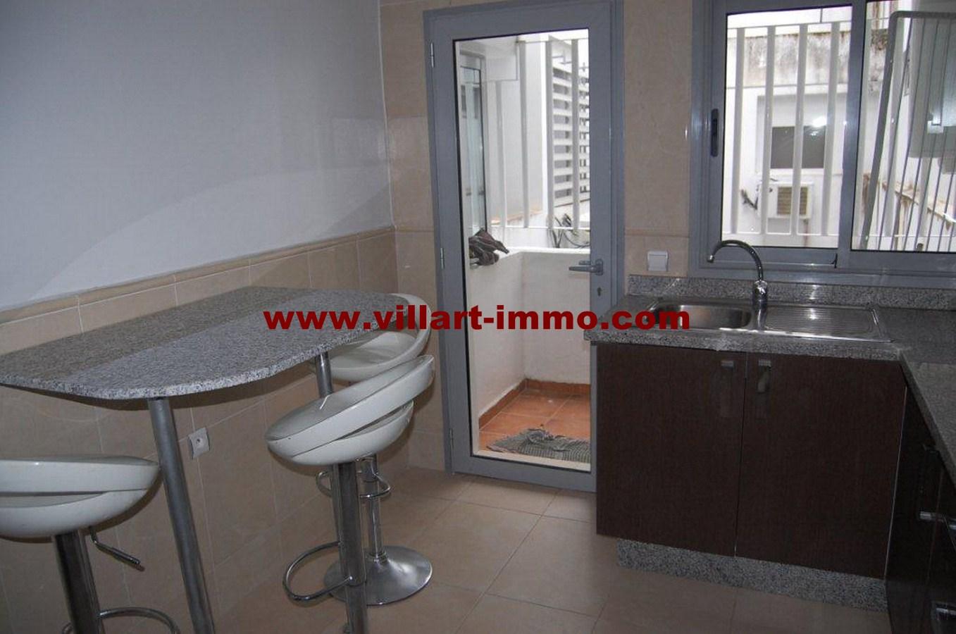6-vente-appartement-tanger-centre-cuisine-va456-villart-immo