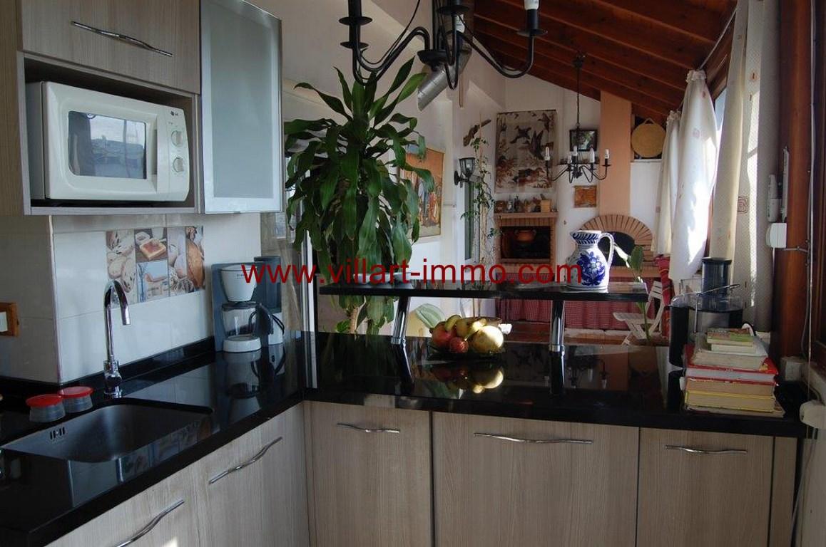 11-Location-Appartement-Meublé-Nejma-Cuisine-L1009-Agence-Villart-Immo-Tanger