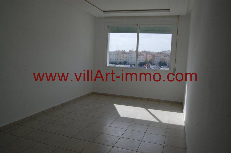 2-Location-Appartement-Non meublé-Tanger-Salon-L733-Villart immo