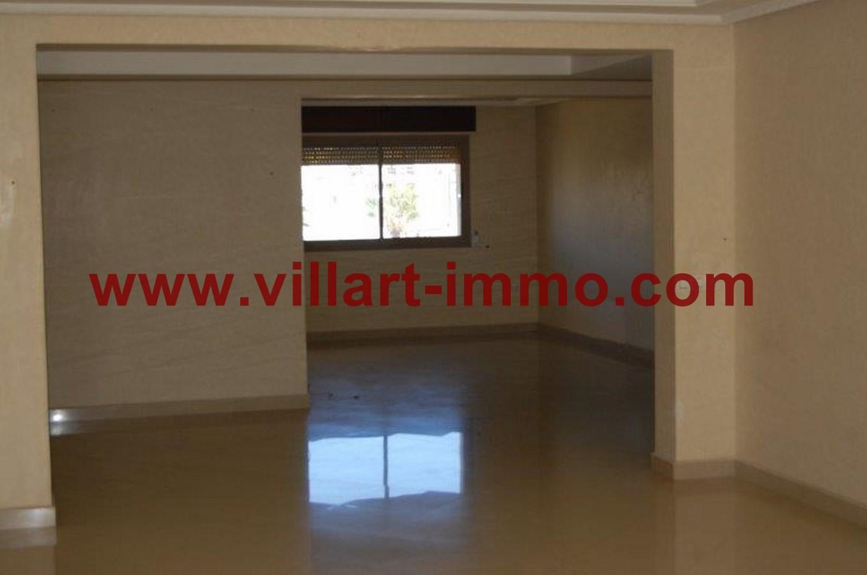 3-Location-Appartement-Non meublé-Tanger-Salon-L716-Villart immo