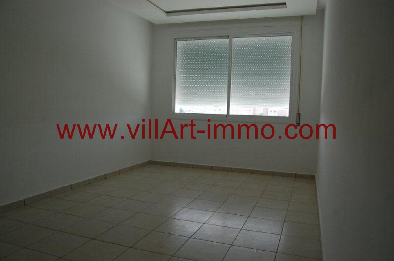 3-Location-Appartement-Non meublé-Tanger-Salon-L733-Villart immo