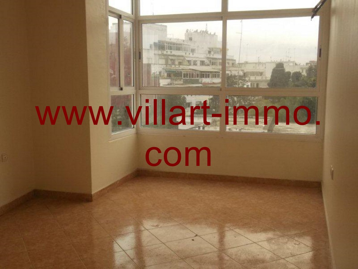 3-Location-Appartement-non meublé-Tanger-salon-L616-Villart-immo