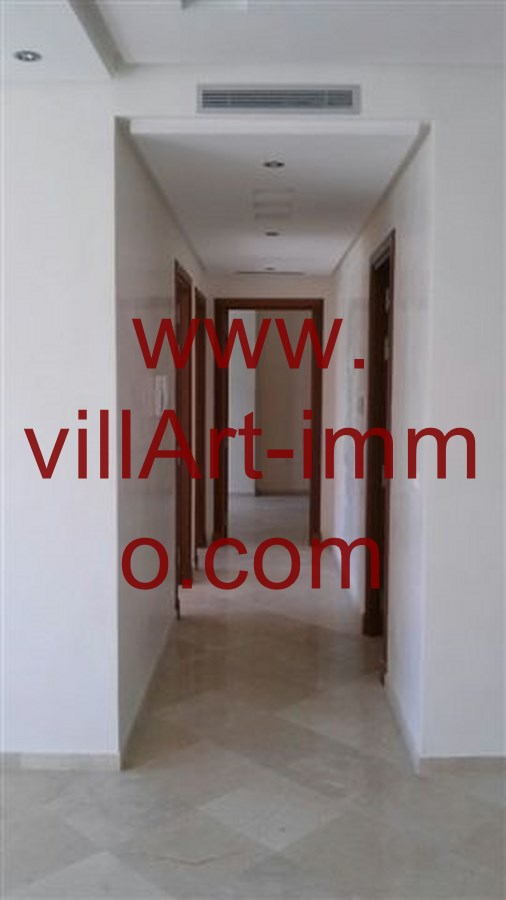 4-Location-Appartement-Non meublé-Tanger-Couloir-L706-Villart immo