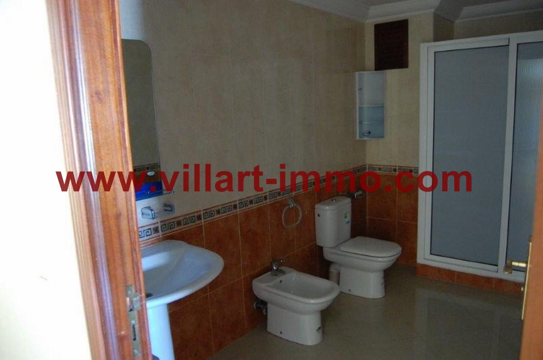 7-Location-Appartement-Non meublé-Tanger-Salle de bain 1-L716-Villart immo