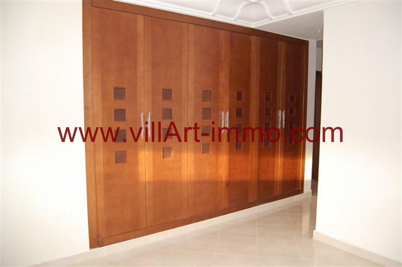 7-Location-Appartement-Non meublé-Tanger-dressing-L746-Villart immo