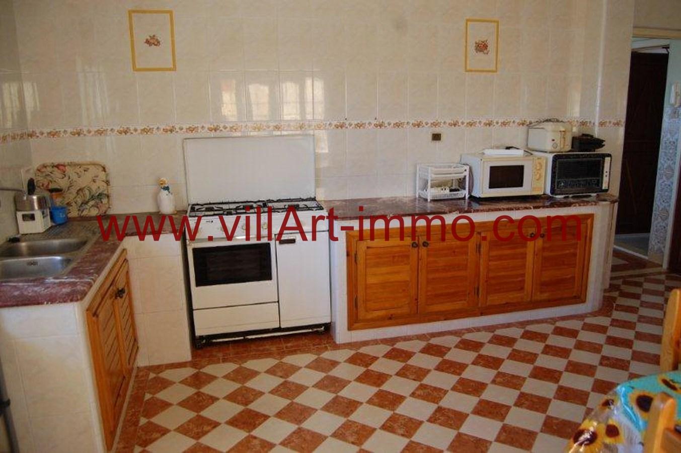 7-Location-Maison-Meublé-Tanger-Kser-Sghir-Cuisine-LV245-Villart-immo