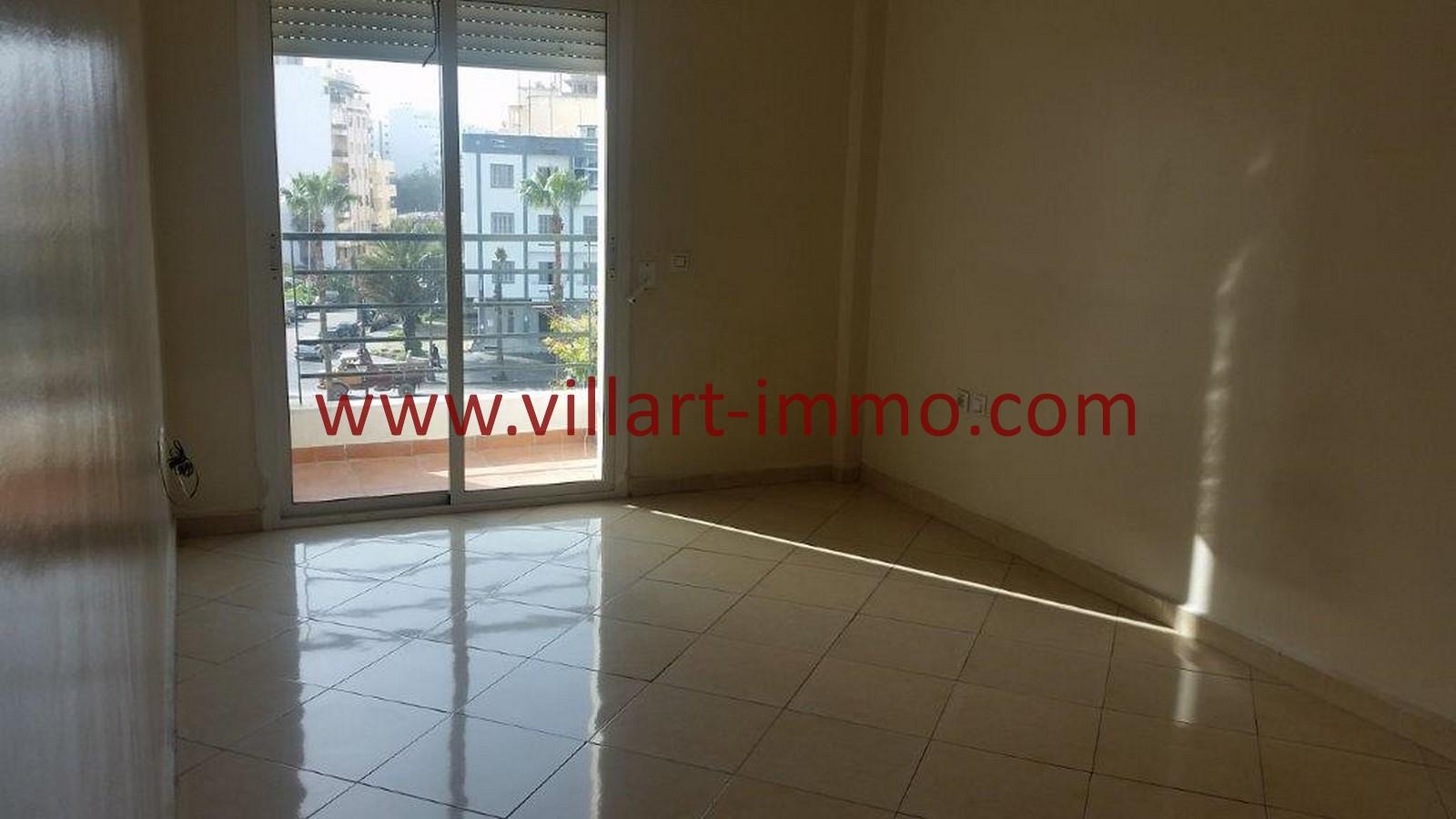11-A louer-Tanger-Appartement-Non meublée-Centre ville-Chambre-L1029
