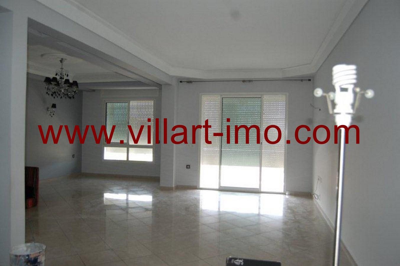 2-Location-Appartement-Non meublé-Tanger-Iberia-Salon'-L484-Villart immo