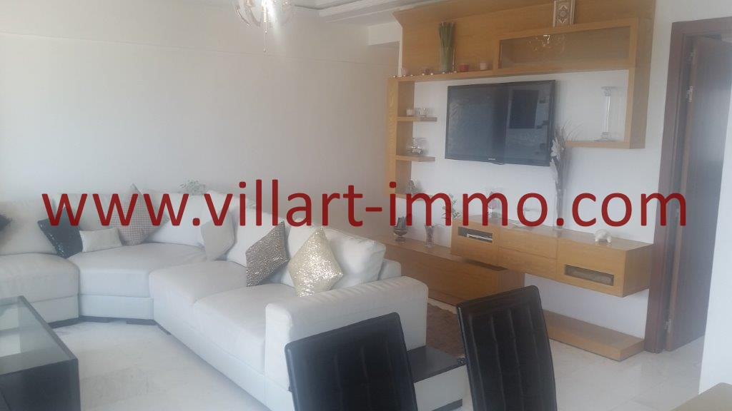 4-A vendre-Tanger-Appartement-Centre ville-Salon-VA612