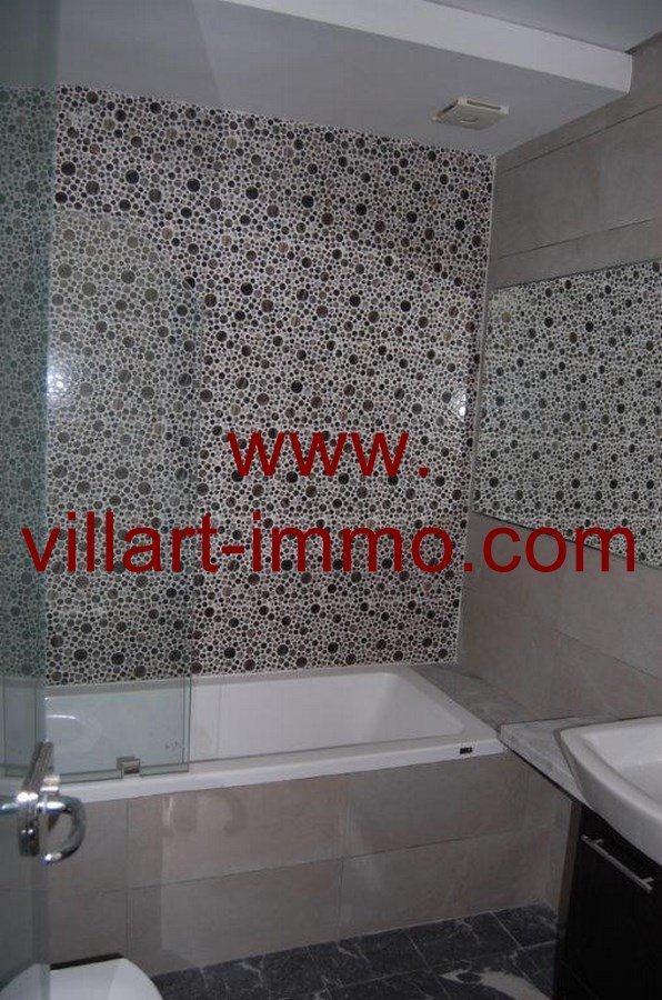 2-A louer-Appartement-Non meublé-Tanger-Salle de bain 1-L905-Villart immo