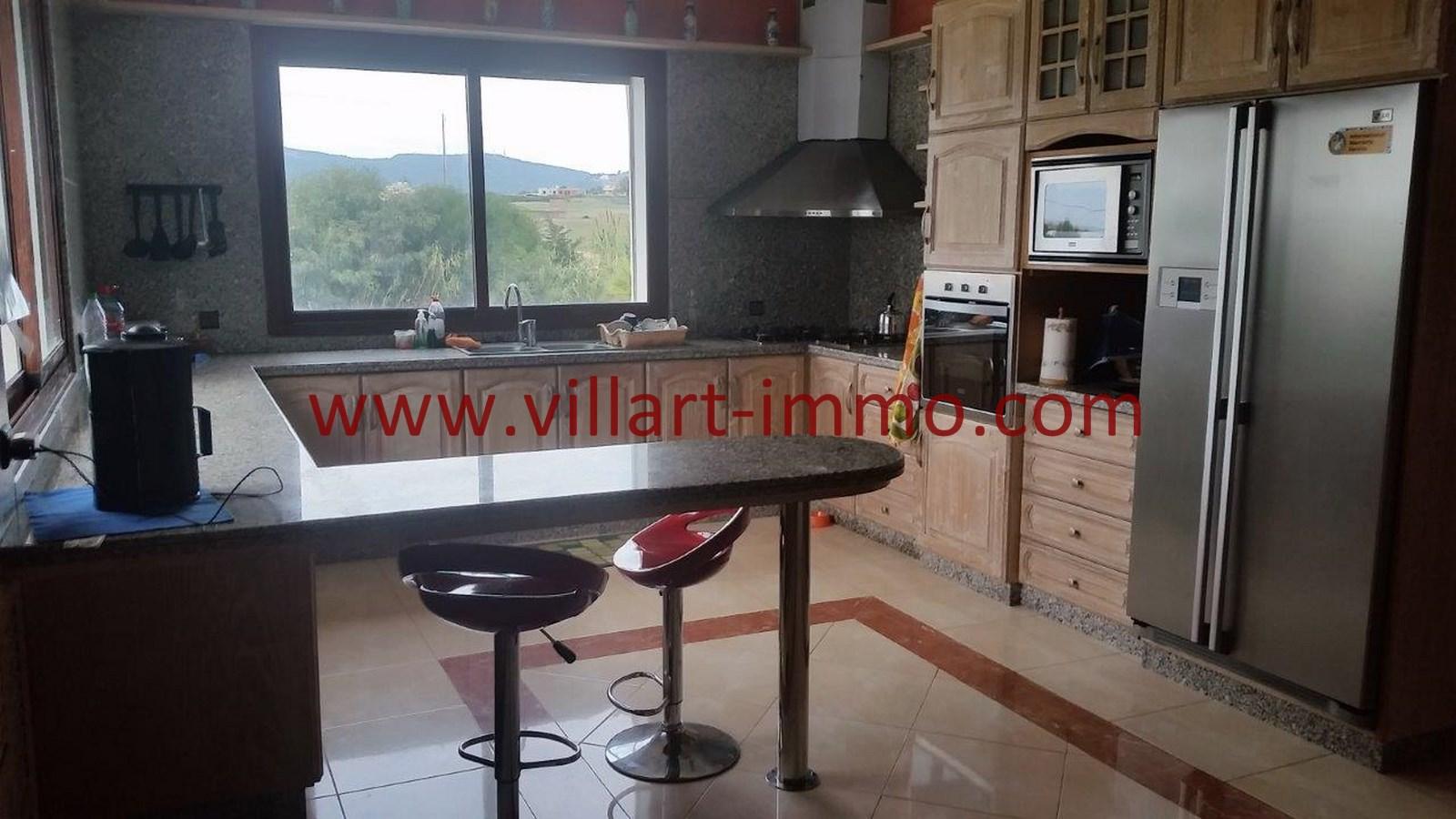 7-A louer-Villa-Meublée-Tanger-Achakar-Cuisine-LSAT914-Villart immo