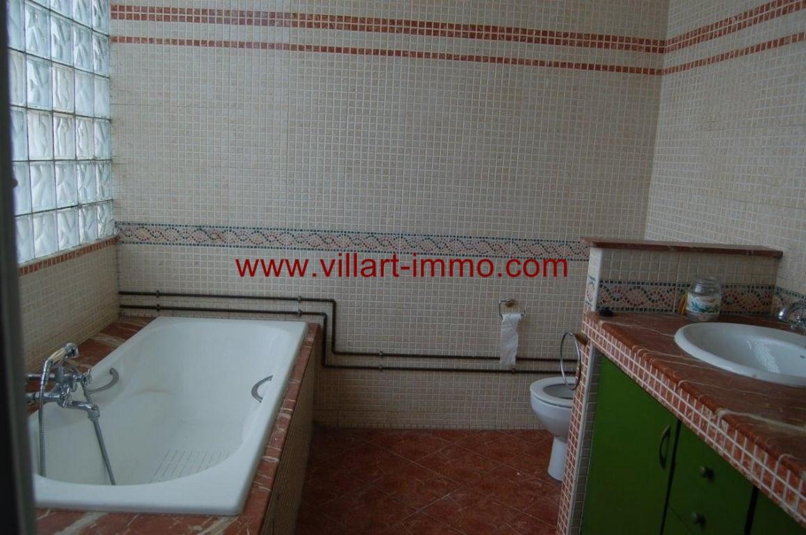 14-location-appartement-non meublé-Tanger-centre ville-Salle de bain 1-L105